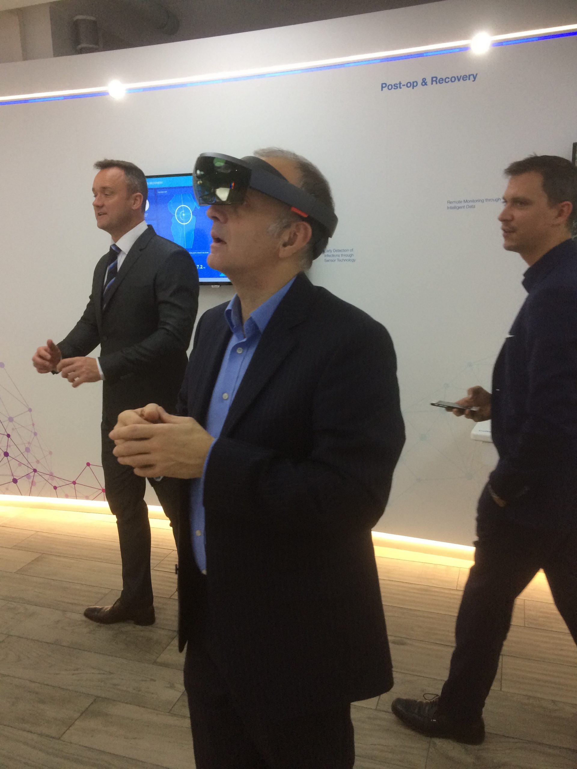 Roy Sheppard experimenting with ZimmerBiomet's augmented reality solutions